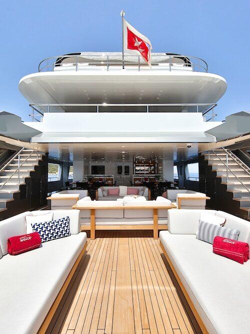 yacht-1-e1622450193157.jpg